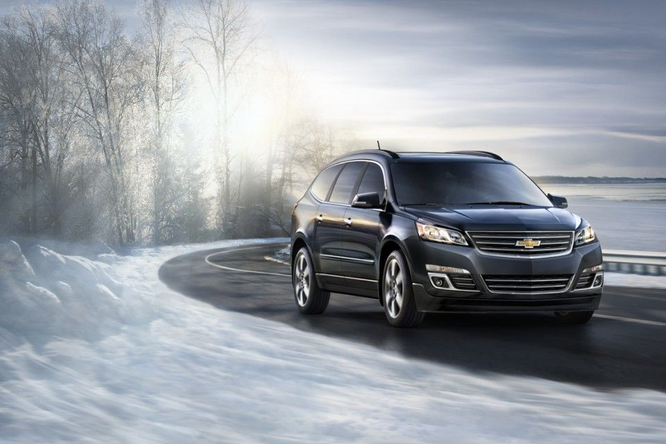 Cold Hard Tips For Winter Driving 2 Have Back Up For Your Cell Phone Winterdriving Tips Onstar Safety Chevrolet Traverse Winter Wonder General Motors