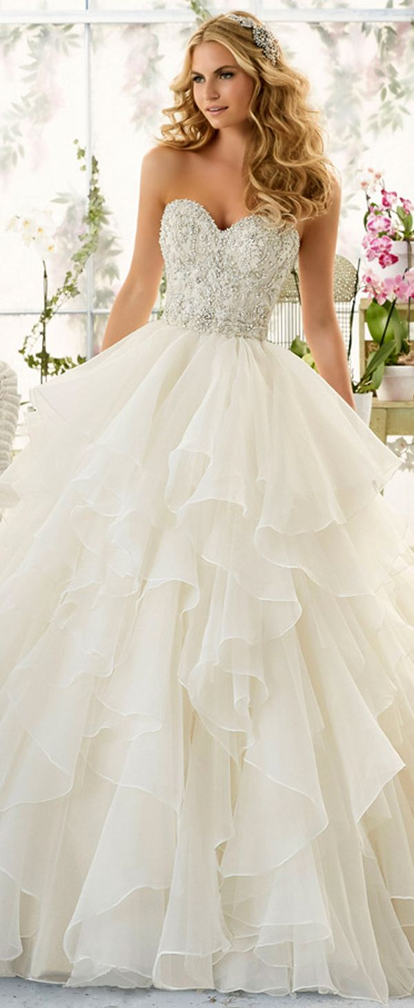 Fabulous Organza Sweetheart Neckline Ball Gown Wedding Dresses with