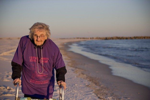 This Woman Has Lived For 100 Years But Just Saw The Ocean For The First Time