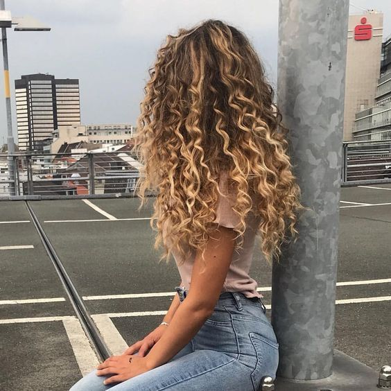 Pinterest Kensihope Insta Kensihope Hair Styles Long Hair Styles Curly Hair Styles