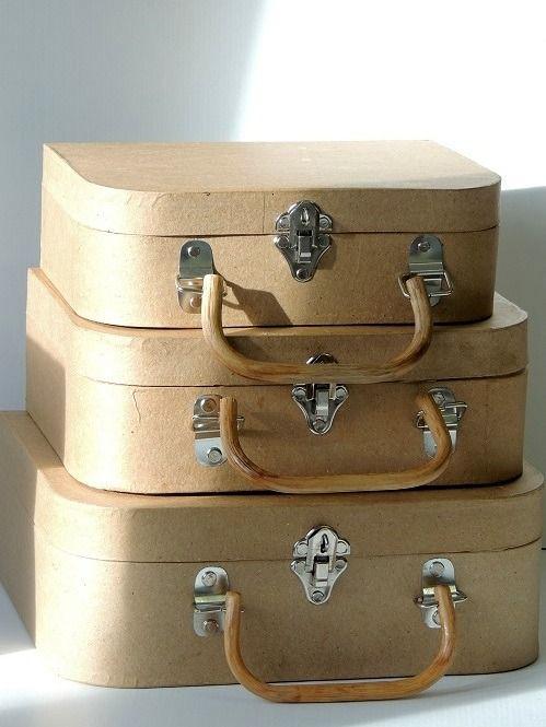 3 valises vintage en carton brun ma valise en carton autres home d co par milyd1 deco de. Black Bedroom Furniture Sets. Home Design Ideas