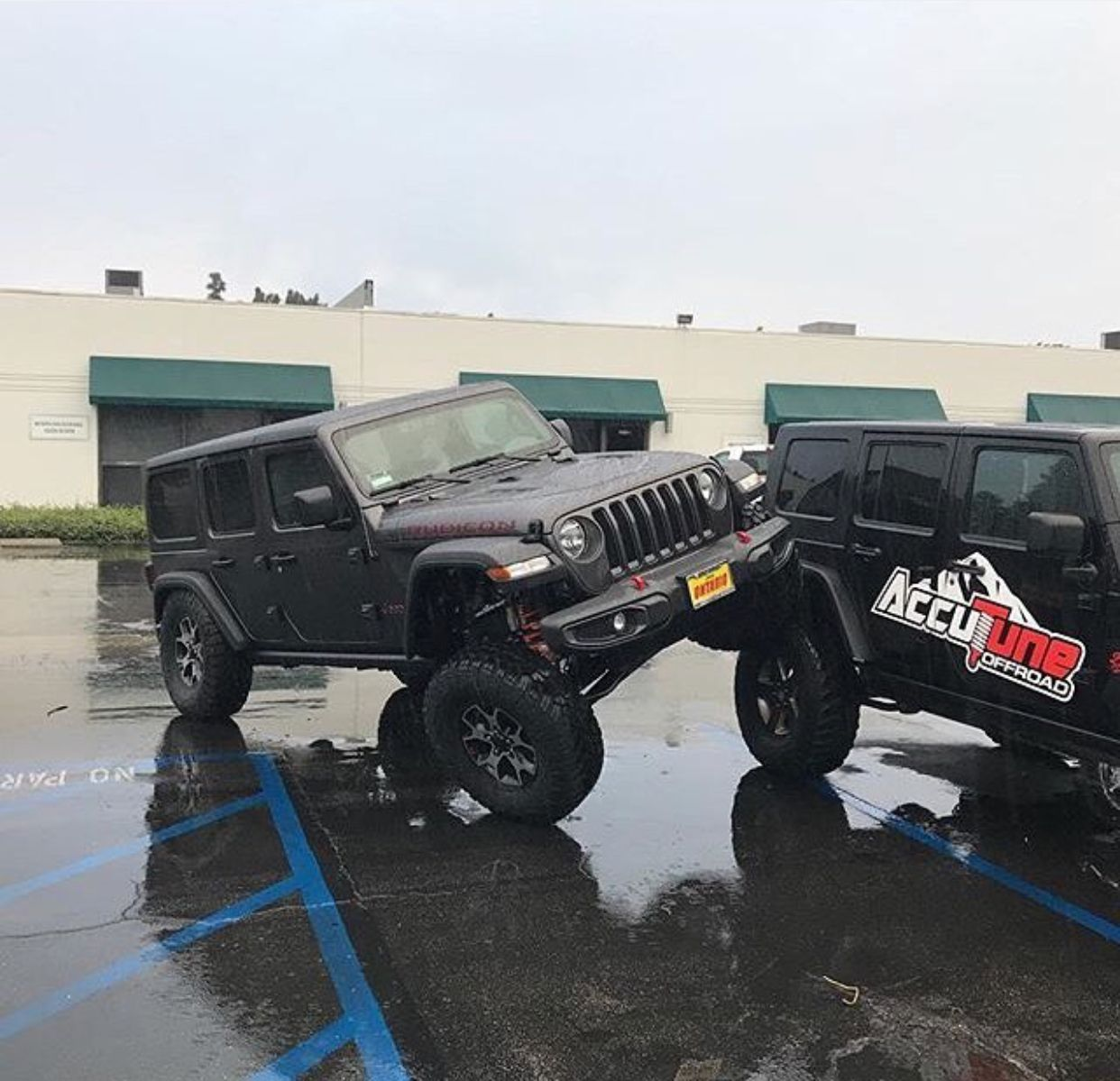 35 And 37 Jl Pics With Lift Kit Page 40 2018 Jeep Wrangler