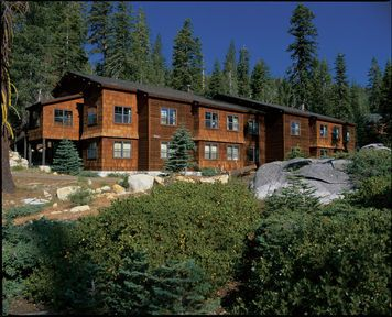 Hotel Reviews Wuksachi Lodge Sequoia And Kings Canyon National Parks