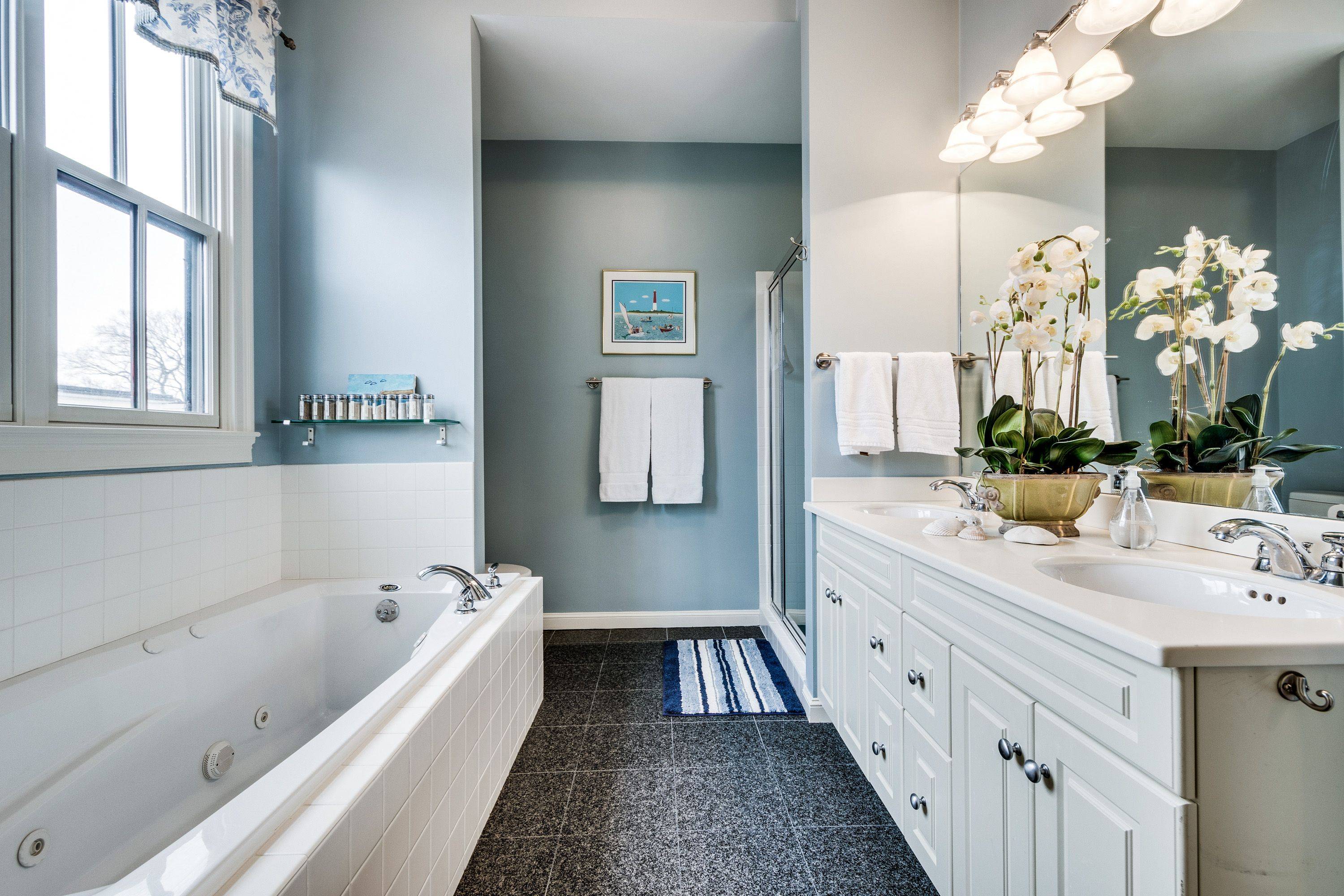 Best Wall Color For Master Bathroom