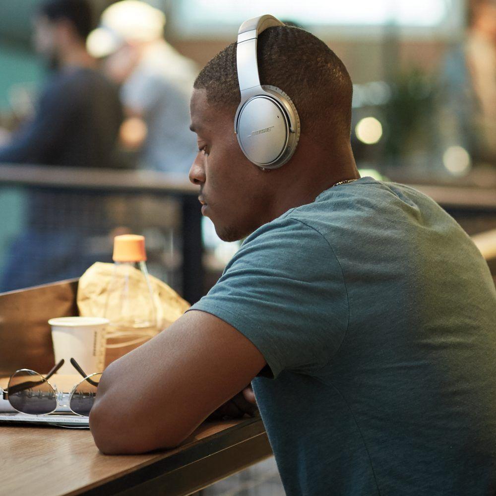 4aabc9c109d Bose QuietComfort 35 wireless headphones II Silver | Bose Audio ...