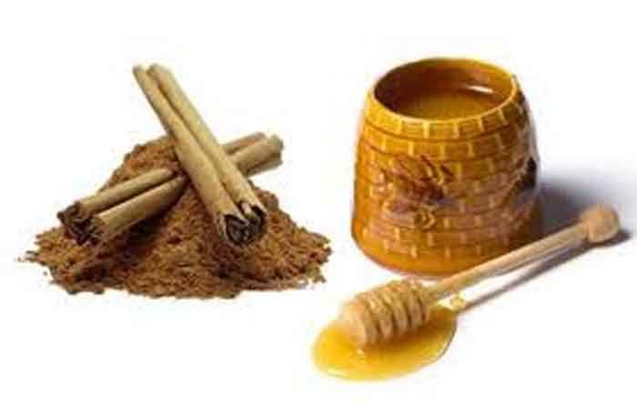 <p>Um santo remédio! O mel e a canela trazem vários benefícios à nossa saúde. Dentre eles, os mais populares são: Doenças do coração Faça uma pasta de mel com canela. Coma regularmente com pão ou com uma torrada no café da manhã. Reduz o colesterol das artérias e previne problemas …</p>