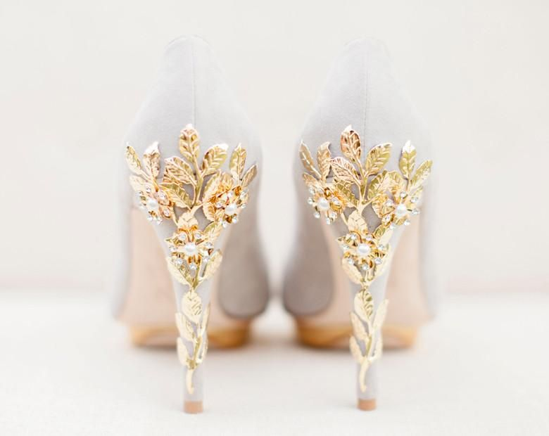 Sample Sale In 2019 Bridal Shoes Gold Wedding Shoes Wedding