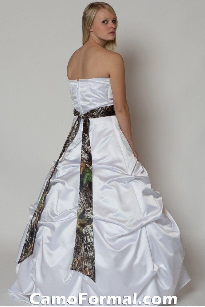 White camo wedding dress camo wedding dresses for Snow white camo wedding dress