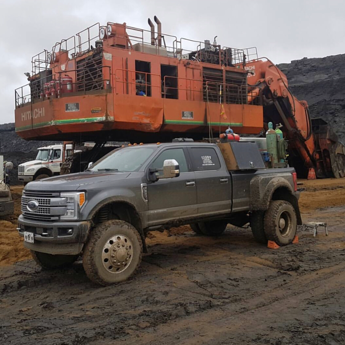 Ford Welding Rig >> Pin by Tyler Keen on Trucks | Pinterest | Welding rigs, Rigs and Ford