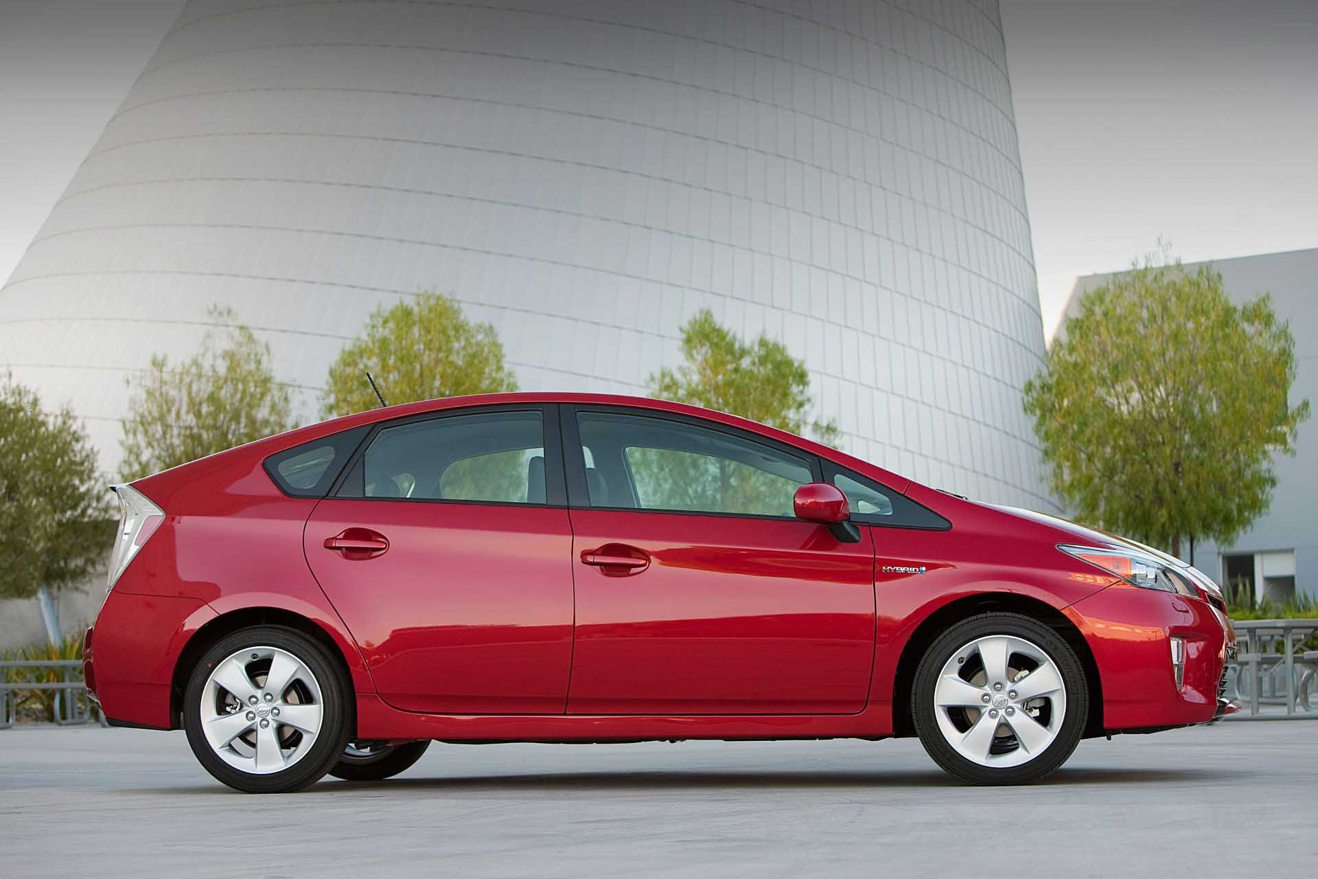 10 great 2012 Toyota Prius backgrounds Toyota