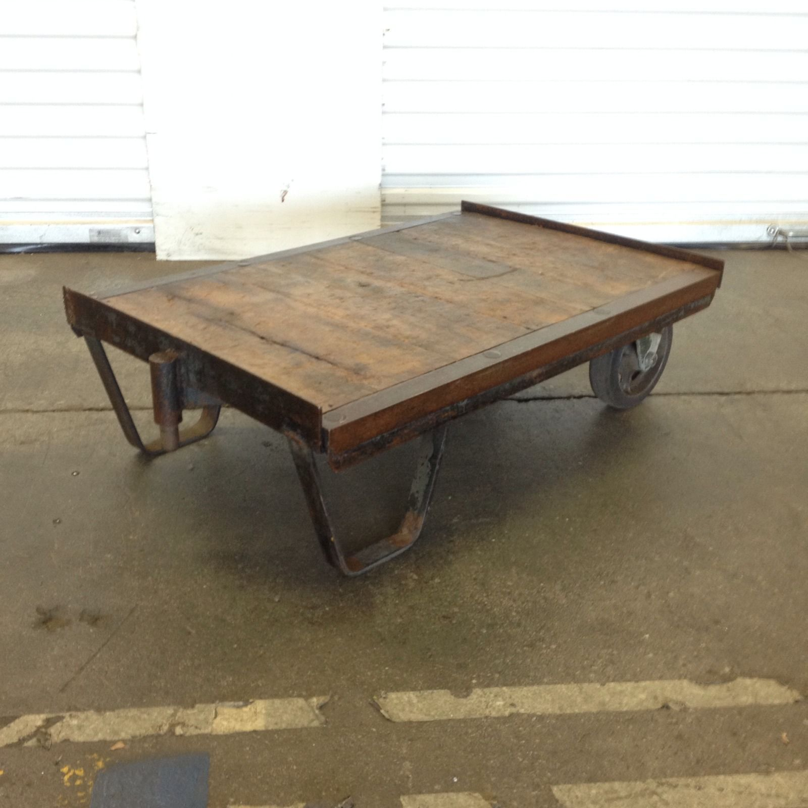 Vintage Industrial Factory Railroad Steampunk Cart Dolly Pallet Coffee Table Pallet Coffee