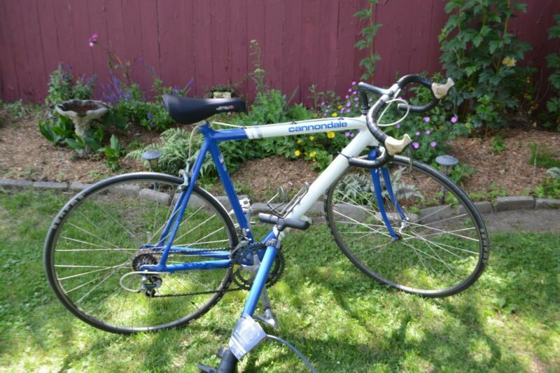 Cannondale 3 0 Road Race Series Bike 54cm Made In Usa Blue White Aluminum In 2020 Cannondale Bicycles For Sale Local Bike Shop