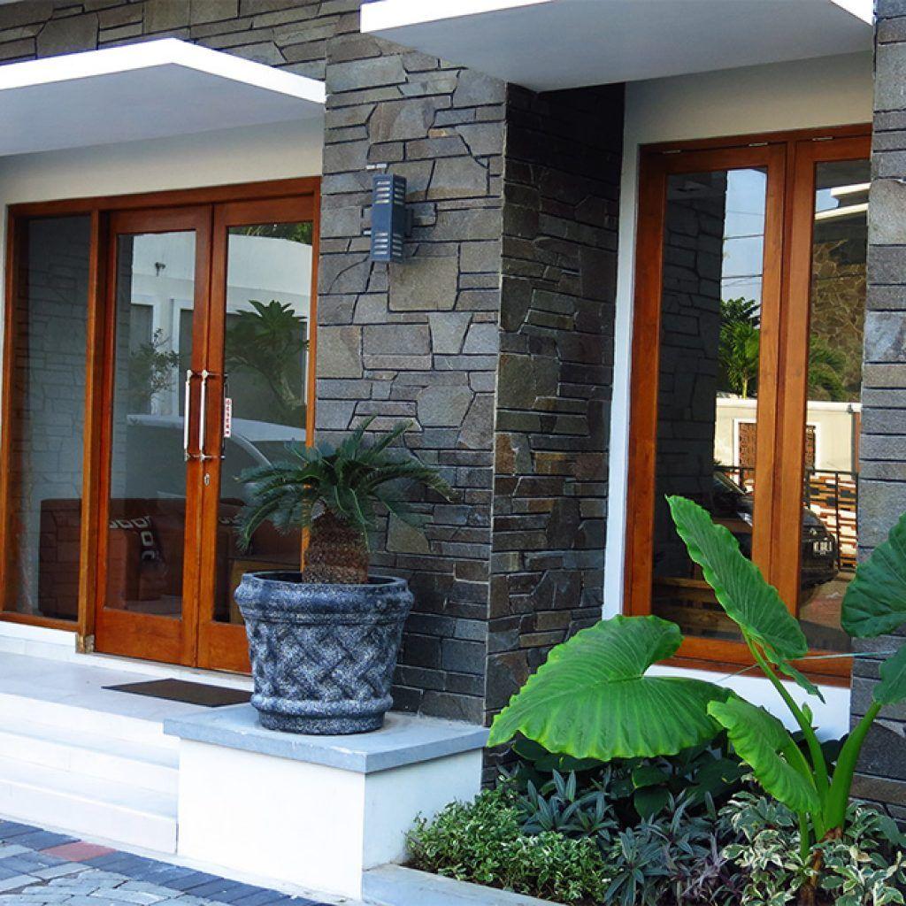 Desain Model Batu Alam Dinding Depan Rumah