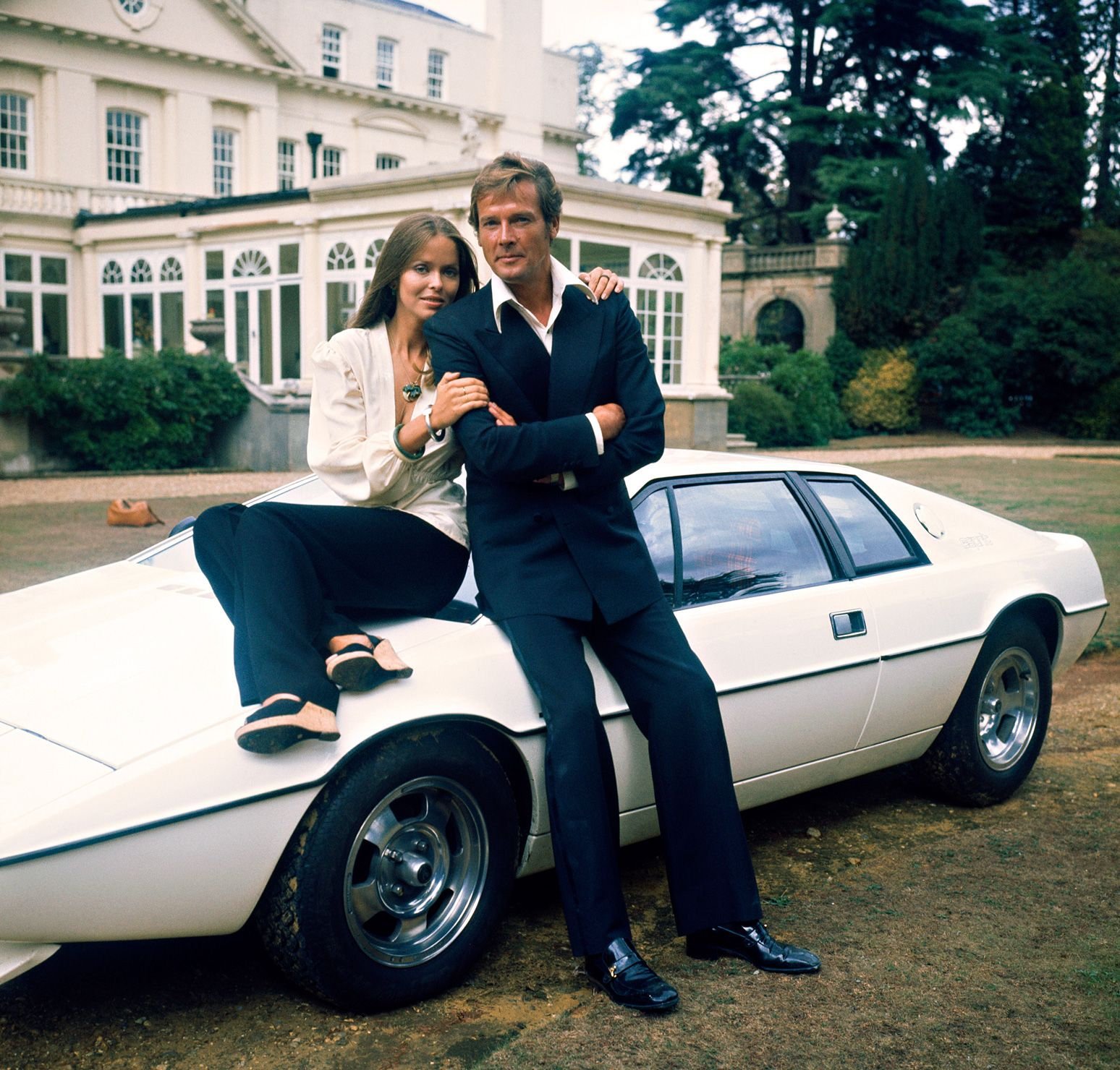Top Ten James Bond Cars Bond Cars Lotus Esprit And Roger Moore