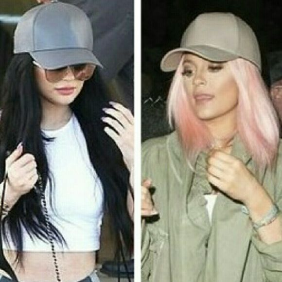 The Kylie ball cap Leather nude/mint ball cap Accessories Hats