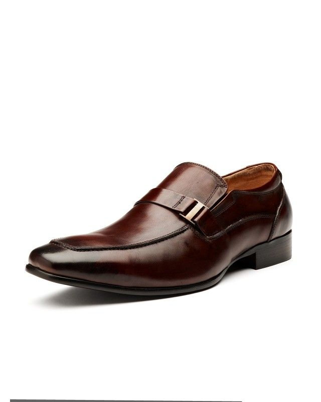 Sleek tan dress shoes compliments blue and grey suiting perfectly.
