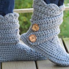 Crochet Pattern for Woman's Boots Slipper isharecrafts.com