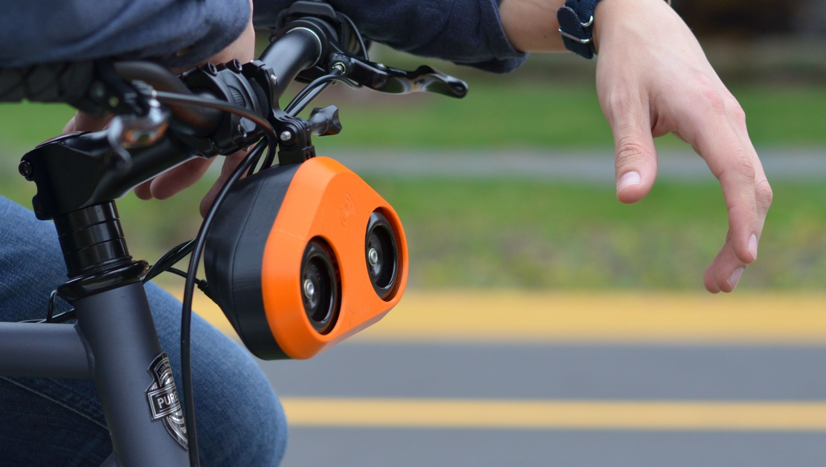 Loud Bicycle Makes A Really Safe And Loud Horn For Your Bike