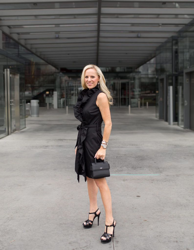 201c39245dd5d Click through for one of my favorite spring outfit ideas featuring a  ruffled little black dress.