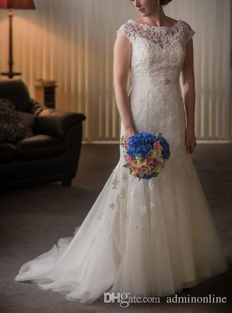 Column Wedding Dress Suzhou Customized 2016 Modest Wedding Dresses Lace Scoop Neck Capped Sleeves Women Tulle Dress For Brides Vintage Wedding Gown With Belt Discount Wedding Dress From Adminonline, $142.59| Dhgate.Com
