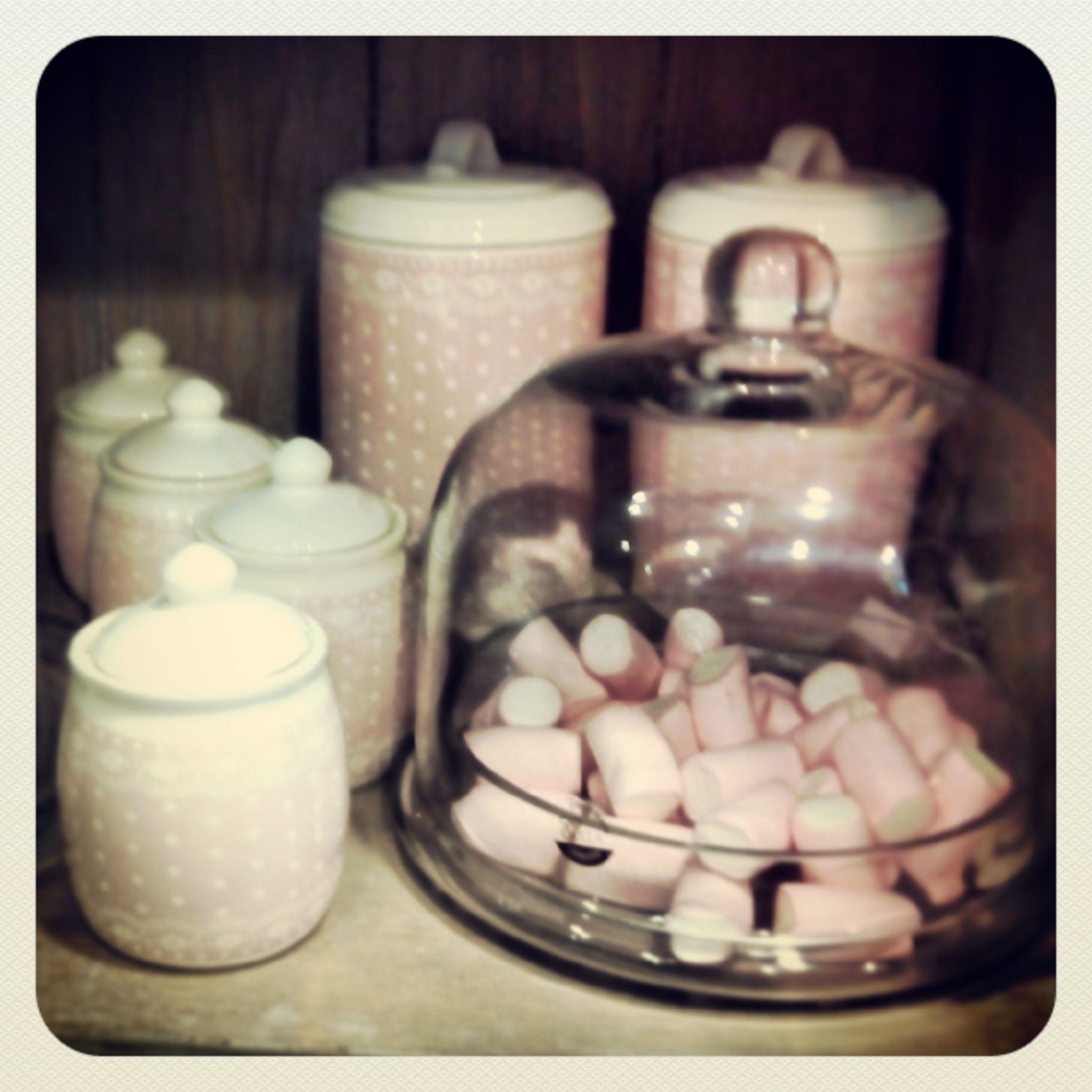 utiliza bomboneras de cristal para tus dulces...