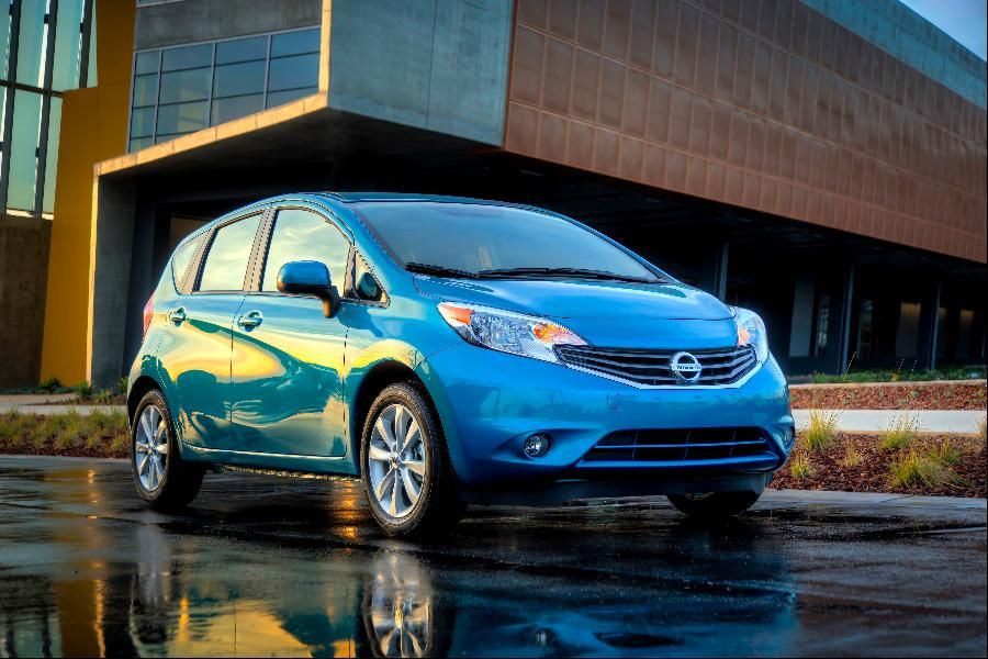 15 Est Non Hybrid Cars That Get 40 Mpg Or Better Nissan Versa Note