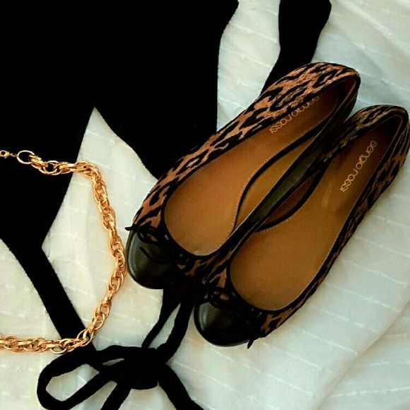 for sale for sale Sergio Rossi Snakeskin Round-Toe Flats eastbay dQRDqUS1