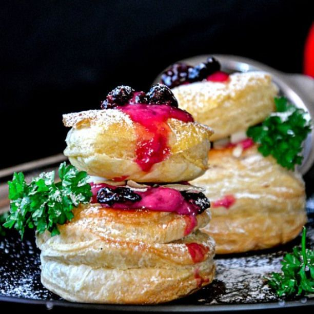 Raspberry Creme Puffs. These gorgeous little Raspberry Creme Puffs are easy to make and are a perfect treat to make for Valentines Day.  #fruity #recipes #cremepuff Raspberry Creme Puffs. These gorgeous little Raspberry Creme Puffs are easy to make and are a perfect treat to make for Valentines Day.  #fruity #recipes #cremepuff