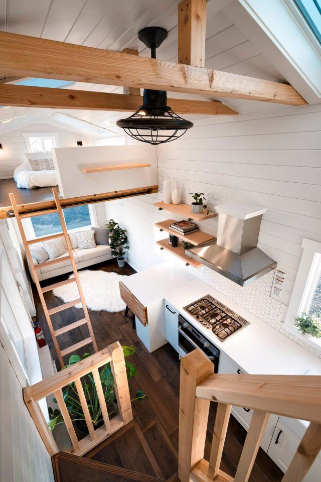 Photo of Light-filled tiny house offers a relaxing soak