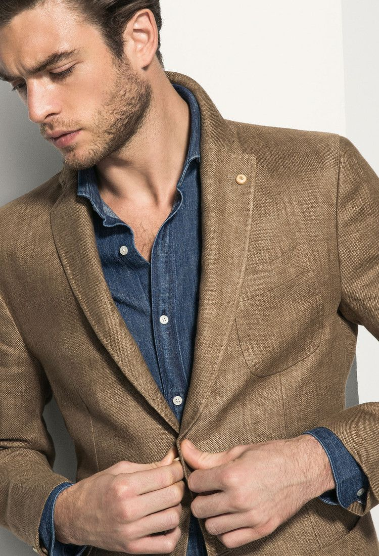 37cf2fb819e6 Massimo Dutti - Beige linen blazer Love the dark camel linen on blue  chambray