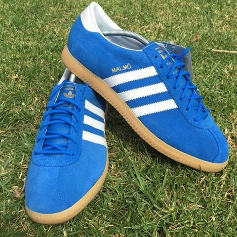 Turismo arcilla Perforar  Adidas Malmo in Bluebird/white suede - one of Adidas' finest blue/white  trainers IMO 😀   Vintage adidas, Adidas casual, Blue and white trainers