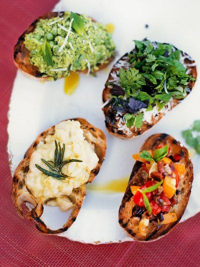 Try Jamie S Olive Tomato And Crostini Recipe It S A Delicious Recipe Perfect For Lunchtime Snacks Picnics An Jamie Oliver Recipes Vegan Recipes Easy Recipes