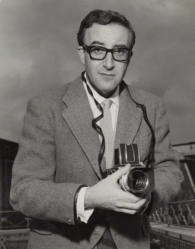 Mpdrolet Peter Ers 1964 Bob Collins With Helblad Slr Camera