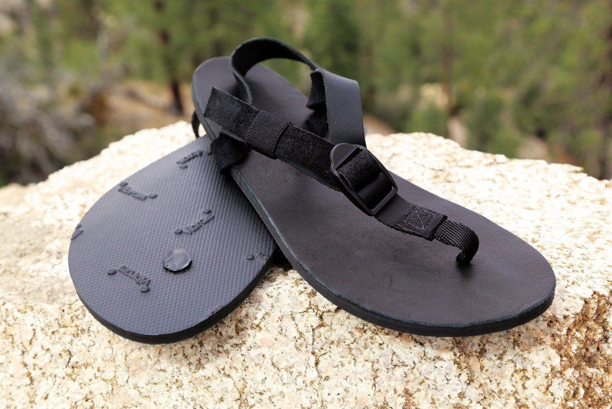 86e9195db Black goes with everything Back in Black! Shamma Classics are minimalist  sandals with leather tops