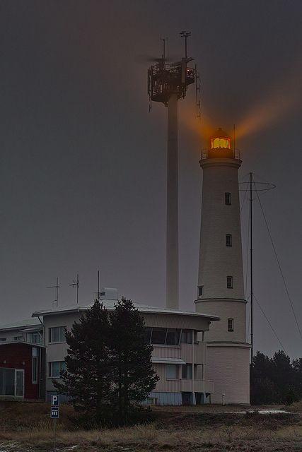 Marjaniemi Lighthouse,(Marjaniemen majakka in Finnish) Hailuoto Finland 65.040000, 24.565000 , via Flickr