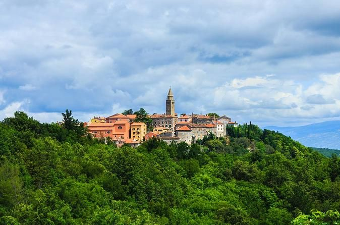Book your adventure - Enjoy this tour that will take you back in time while visiting medieval Istrian palaces and mystical small cities built upon the foundations of ancient settlements. Taste a remarkable olive oil in a 500 years old palace that is still owned by the same family. Enjoy a venison and pasta lunch, served on the exact same spot where ancient templars used to enjoy their meals. Meet your local guide on the