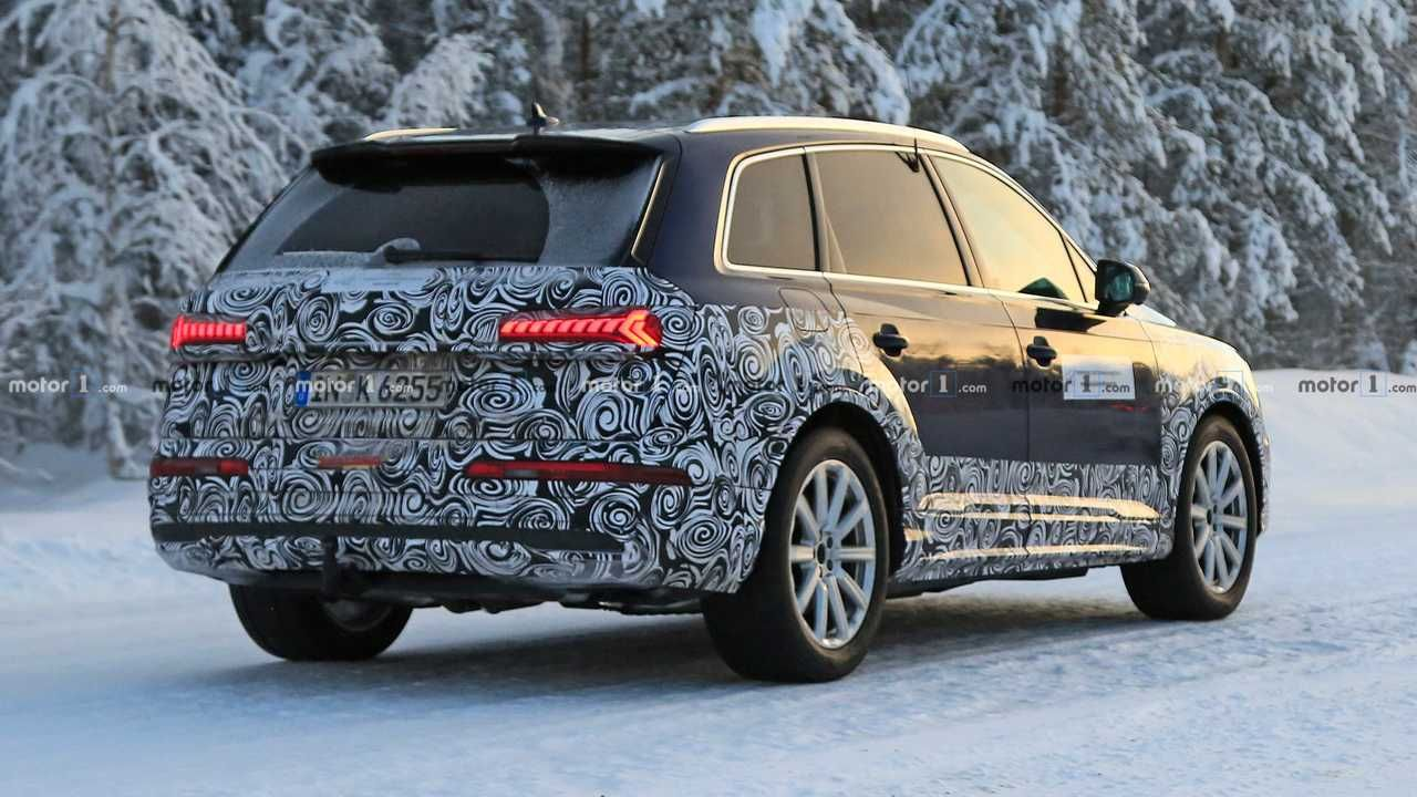 2020 Audi Q7 Facelift Accurately Rendered Based On Spy Shots Audi Q7 Audi Large Suv