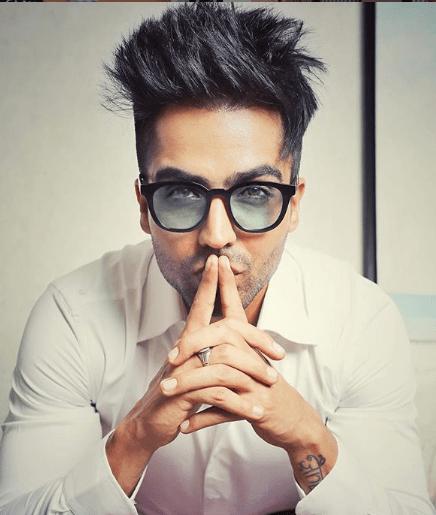Stunning Hairstyles Of Hardy Sandhu Hardy Sandhu Beard Styles For Men Beard Line