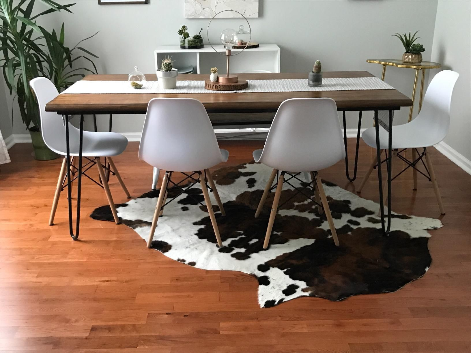 Amazon Com South American Hides Cowhide Rug Brindle With Belly Jumbo White Kitchen Dining Cow Hide Rug Cowhide Rug Size