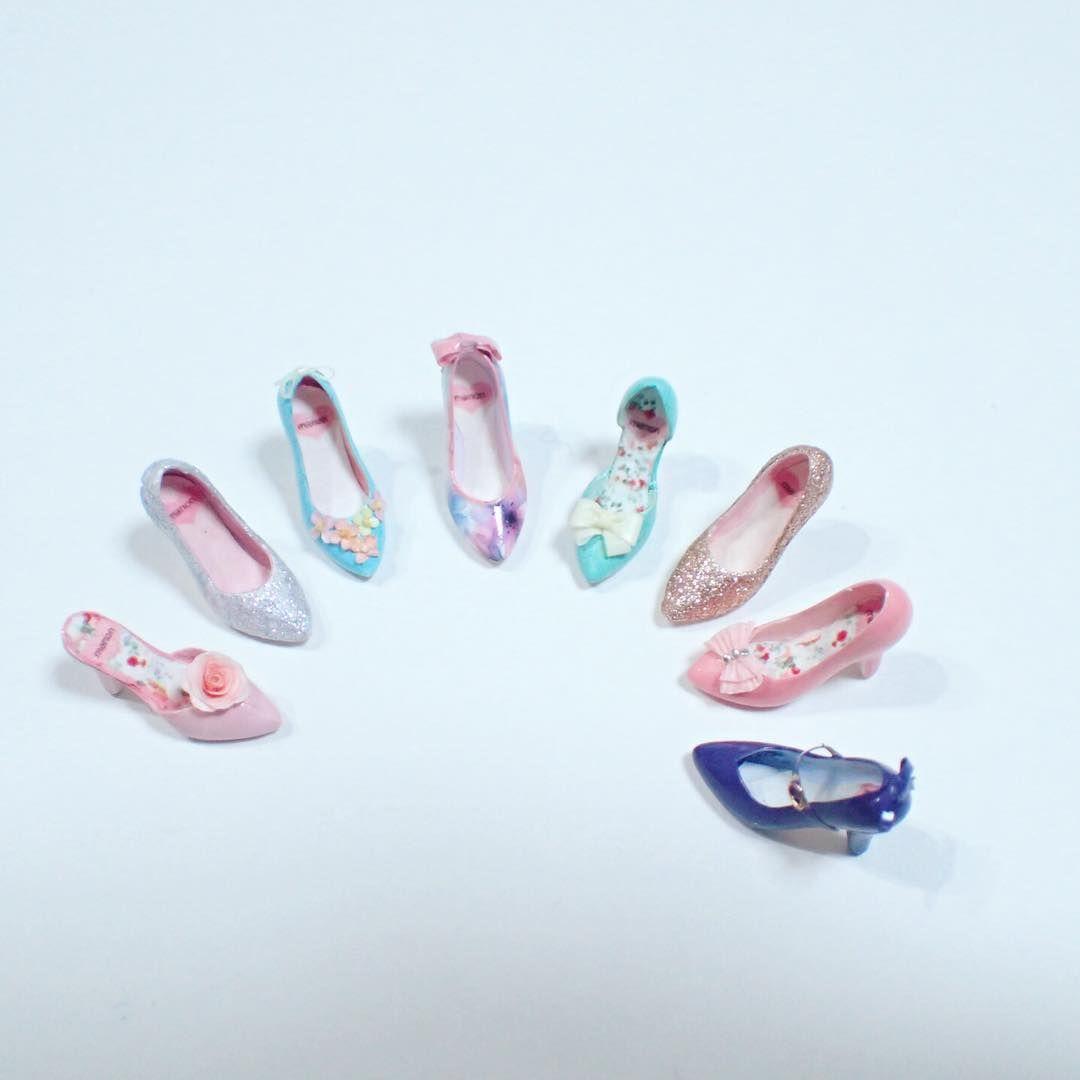 甘ーい感じばかり作ってみました。現実ではなかなか履けないから  #ミニチュア #ミニチュアシューズ #ミニチュア靴 #miniature #miniatureshoes #パンプス #パステルカラー #靴