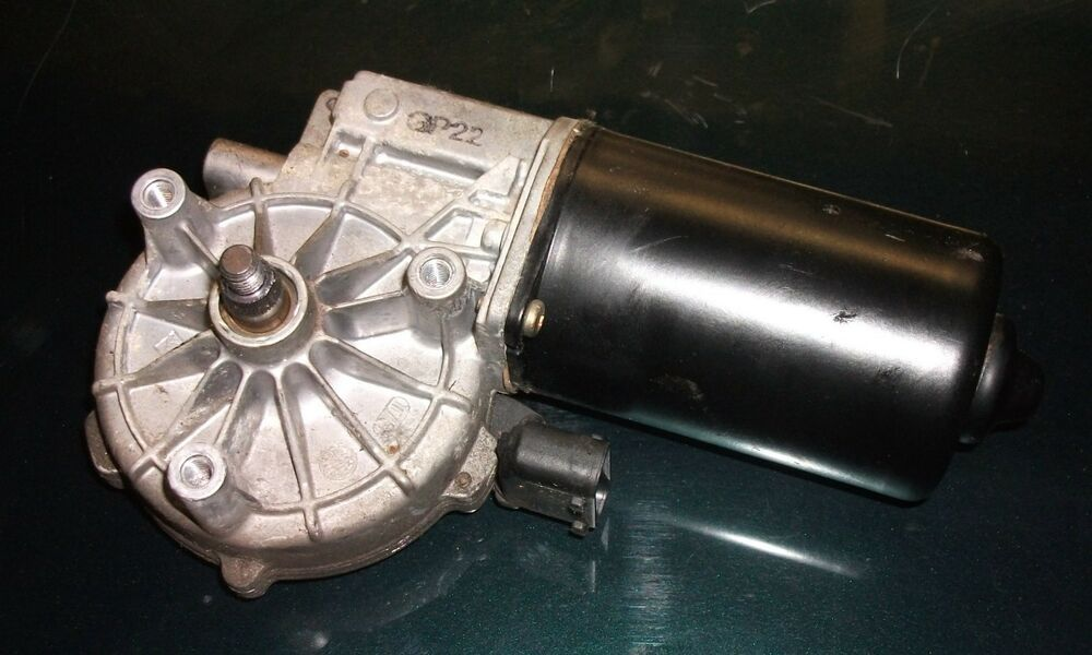 Bmw 5 E39 Series Saloon Touring Windscreen Wiper Motor