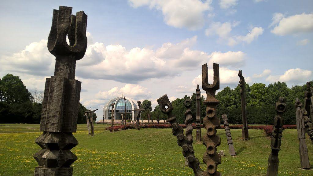 http://static.panoramio.com/photos/large/120751574.jpg