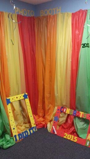 Preschool Graduation Photo Booth Easy Quick Inexpensive
