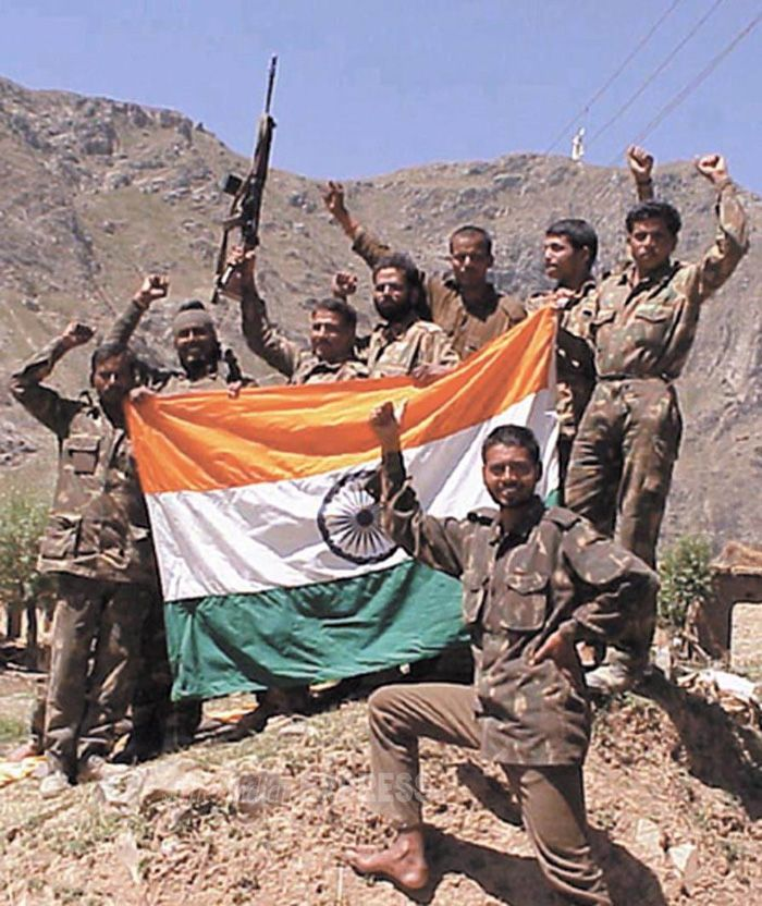 Lest We Forget The 1999 Kargil War In 2020 Kargil War Army Pics Indian Army