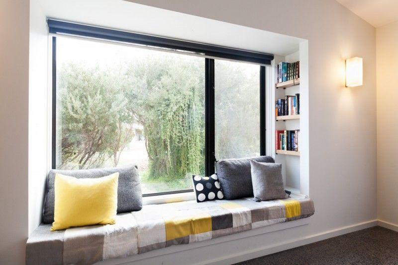 Reading corner bay window