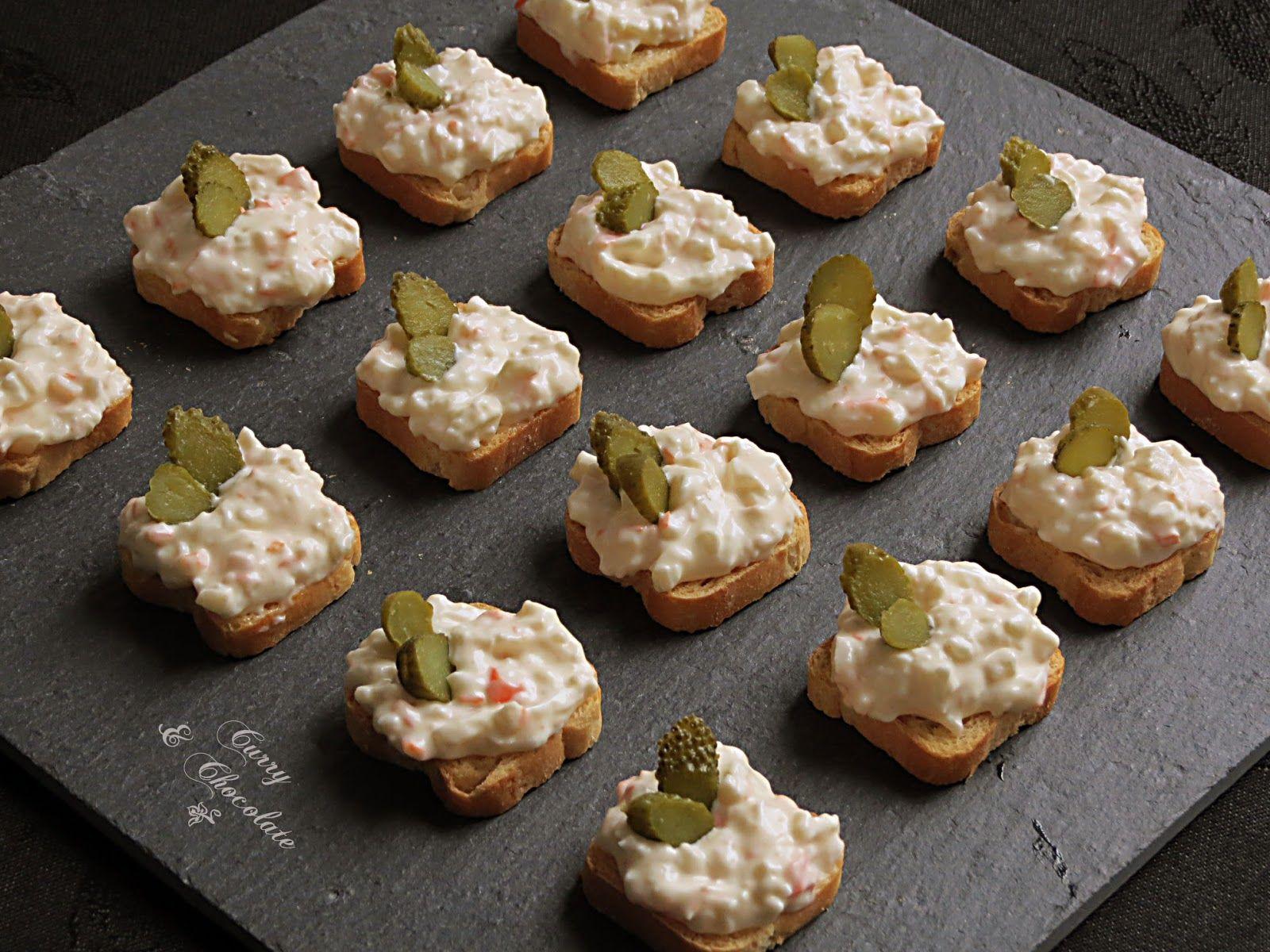 Canap s de palitos de cangrejo aperitivos pinterest for Canape de pate con cebolla caramelizada