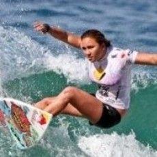 http://www.yuusurf.com  sally fitzgibbons wins Hunter Ports Women's classic at Newcastles'