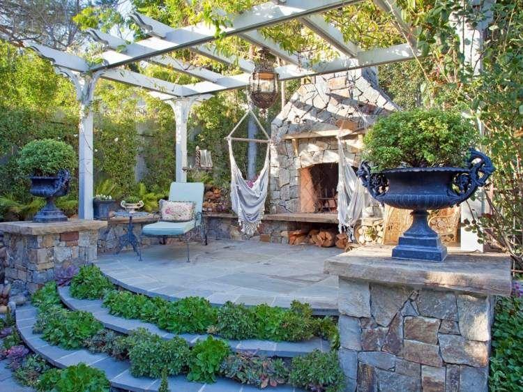 Terrasse et jardin entourés de végétationu2013idées merveilleuses