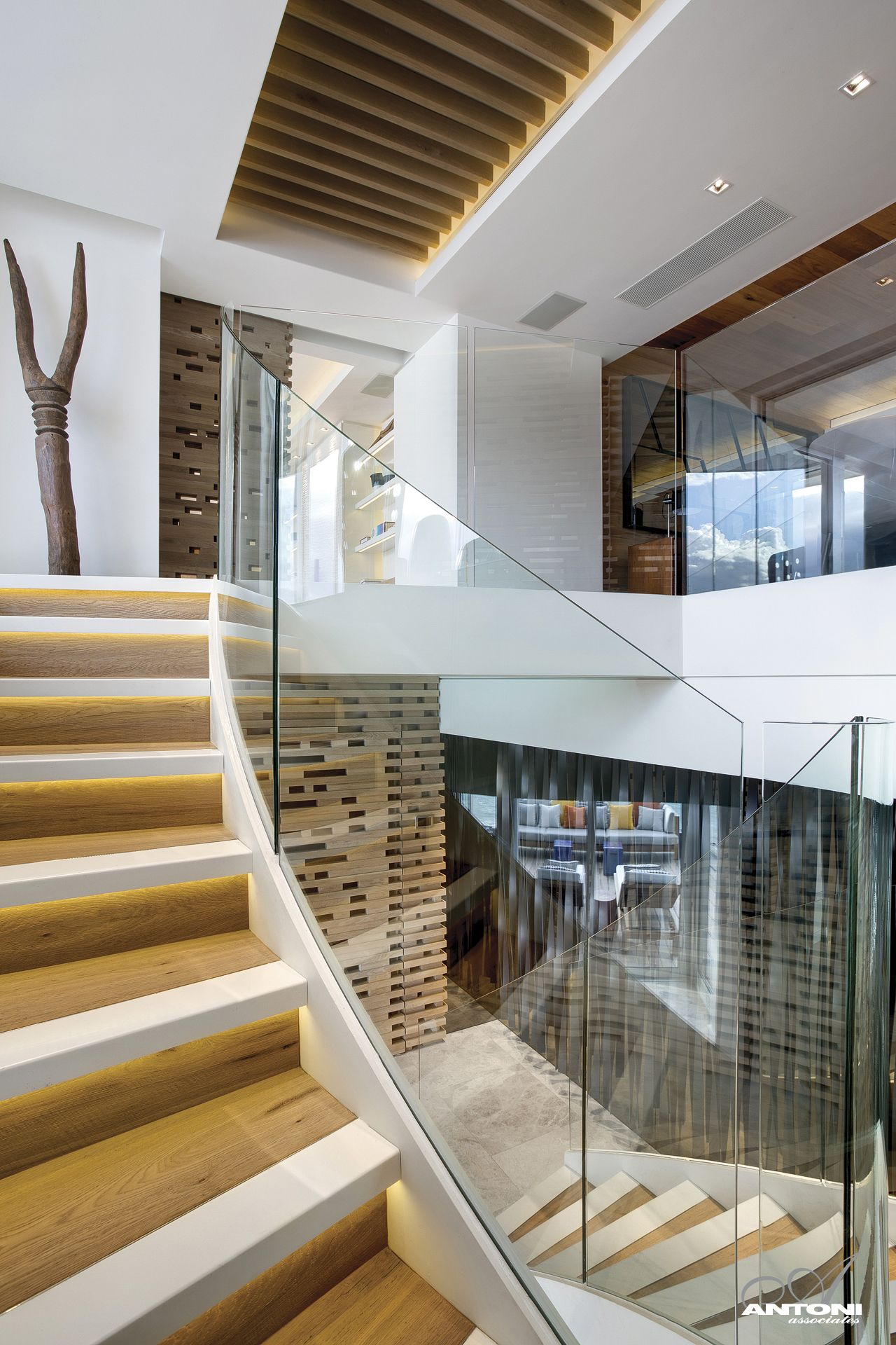 Staircase With Lighting Under Tread Nosing Clifton View - Antoni