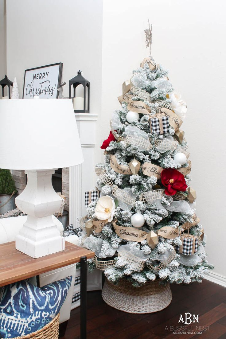 Christmas Home Tour with Kirklands - A Gorgeous Classic Home Tour ...